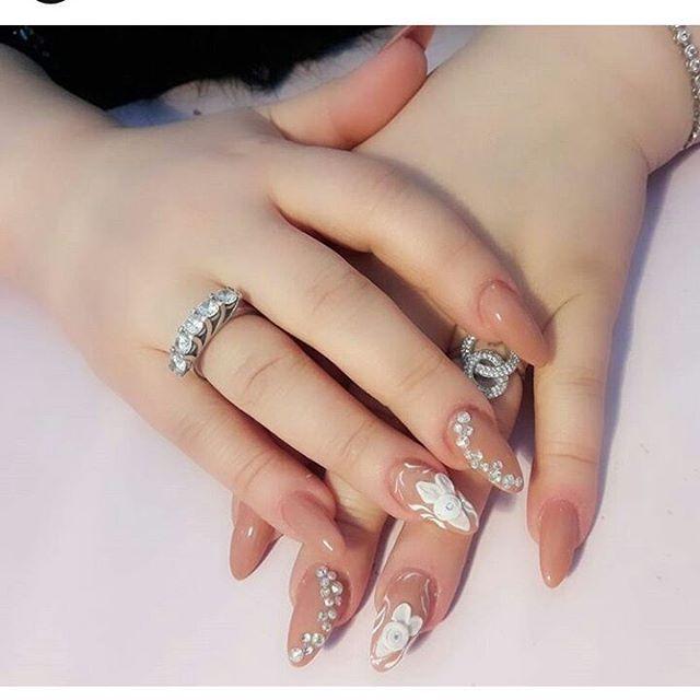 Necə Gozeldi Uzuk Super Dirnaq Super əllər Lap Super Beyendiz Wedding Rings Engagement Heart Ring