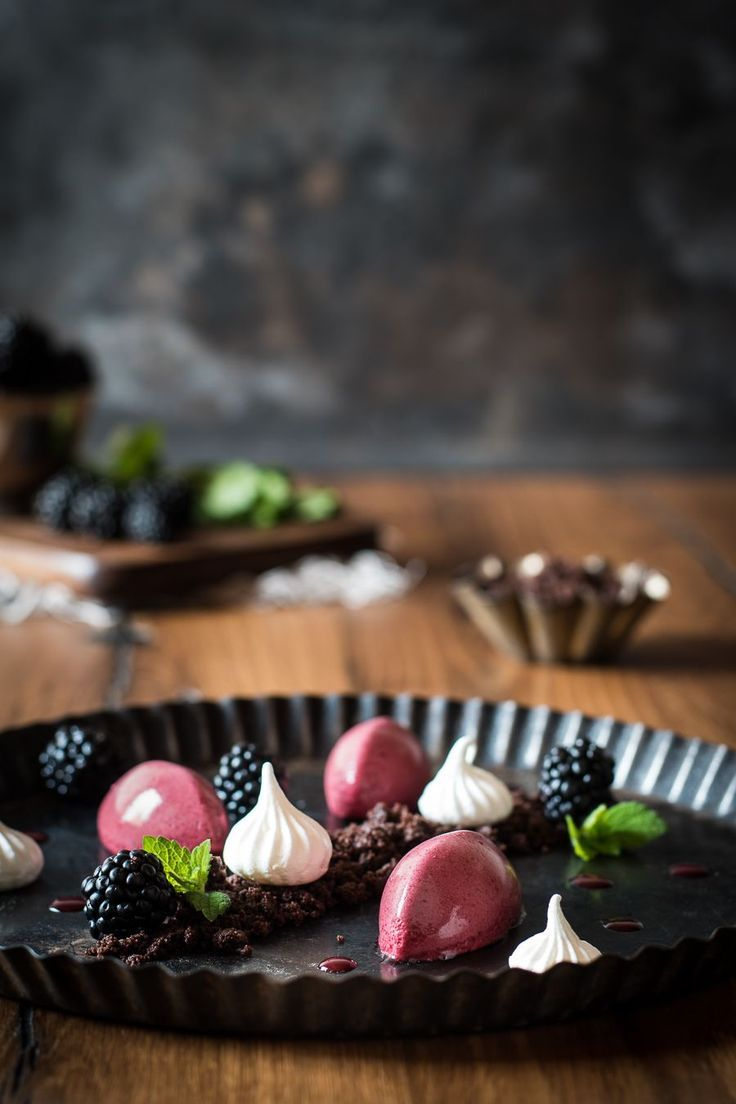 Blackberry Mousse with Chocolate Crumble - Small Kitchen, #Blackberry Mousse #Small # Kitchen #with #Chocolate Crumble