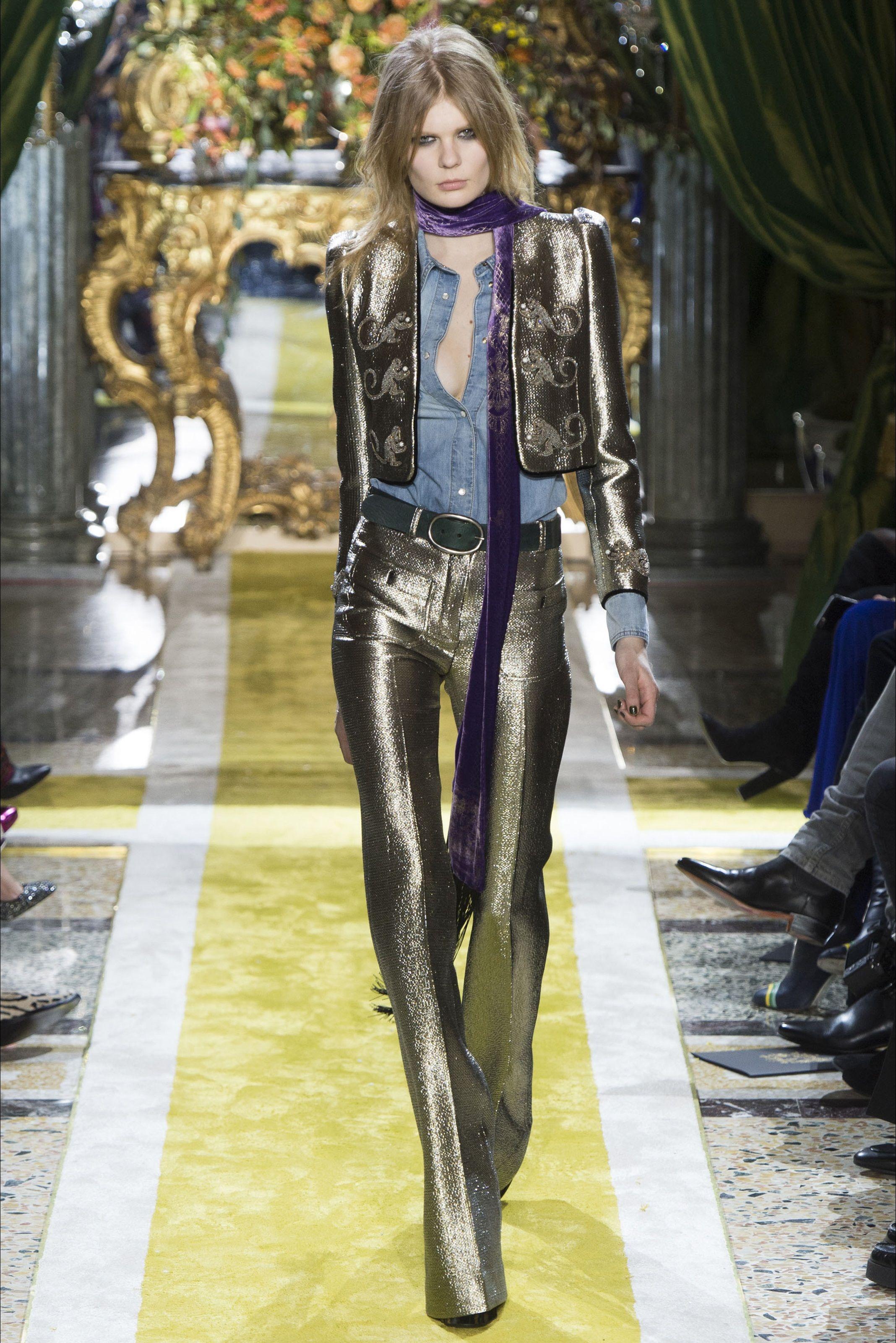 Sfilata Roberto Cavalli Milano - Collezioni Autunno Inverno 2016-17 - Vogue