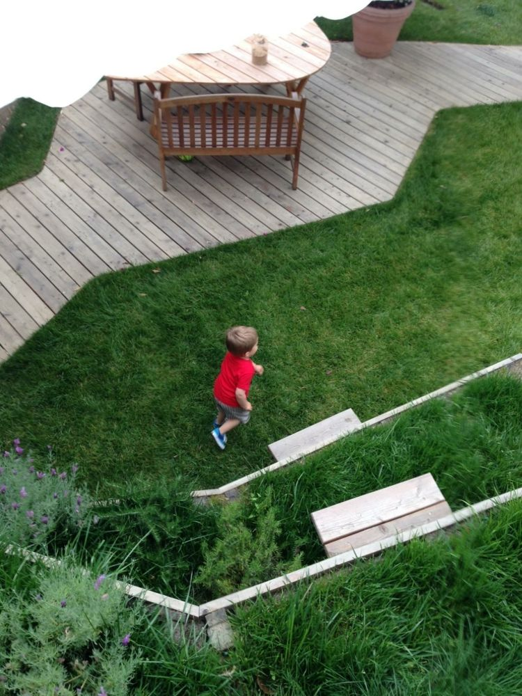 garten-landschaftsbau-gross-flaeche-kinder-spielen-nicola-spinetto - garten und landschaftsbau bilder