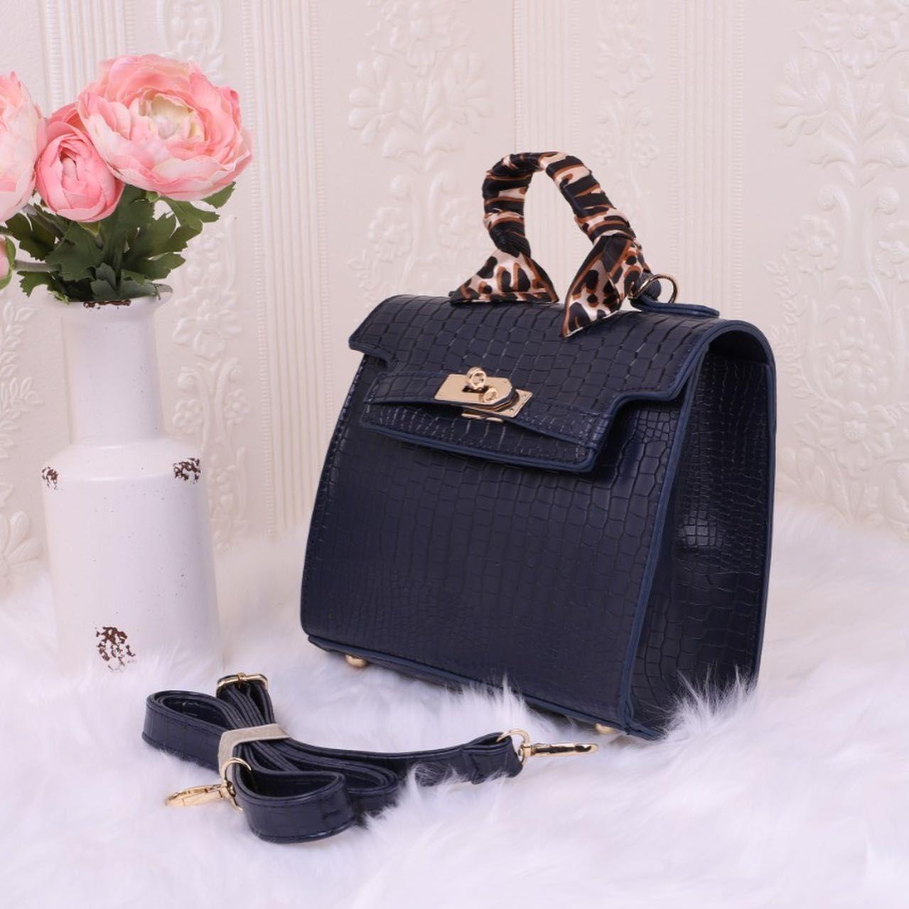 وفرت لكم موديلات جديدة شنطة نسائي راقي سعر ٩٥ 211001 Blue Top Handle Bag Hermes Kelly Bags