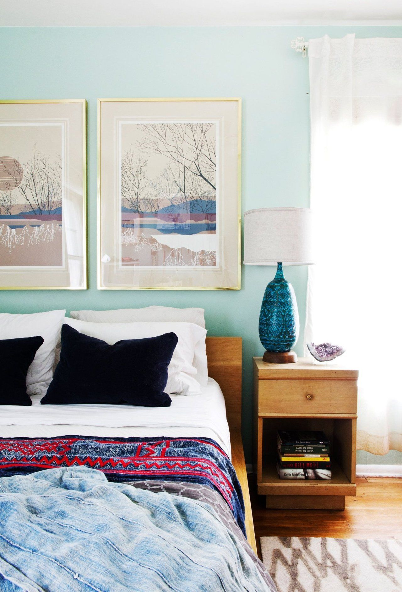 Simple bedroom with eclectic touches mid century mod for Simplistic bedroom