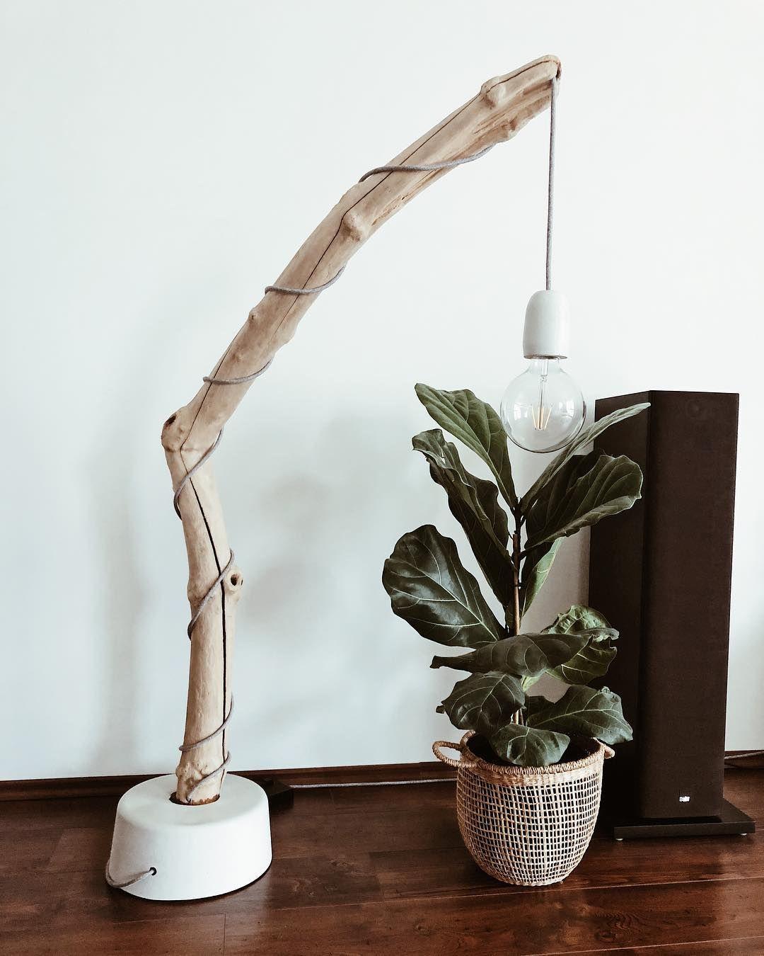 Traumhafe Diy Holz Stehlampe Wir Finden Die Kombination Aus Holz