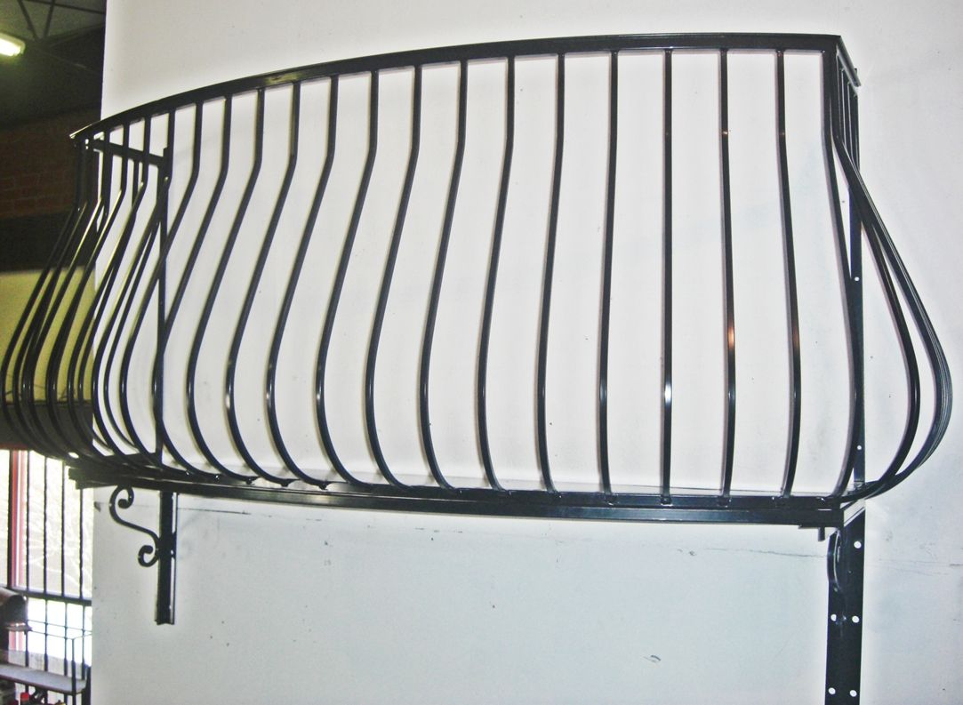 Wrought iron balconies pot belly wrought iron balcony for French balcony railing