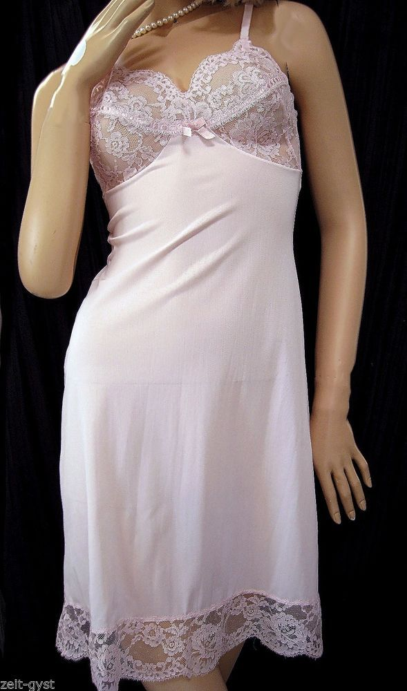 bc65a5fdfb42 VTG WARNERS COMPLI-FIT PINK LACE RIBBON FRONT FULL SLIP-NYLON SEMI SHEER  32S #WARNERSCOMPLIFIT