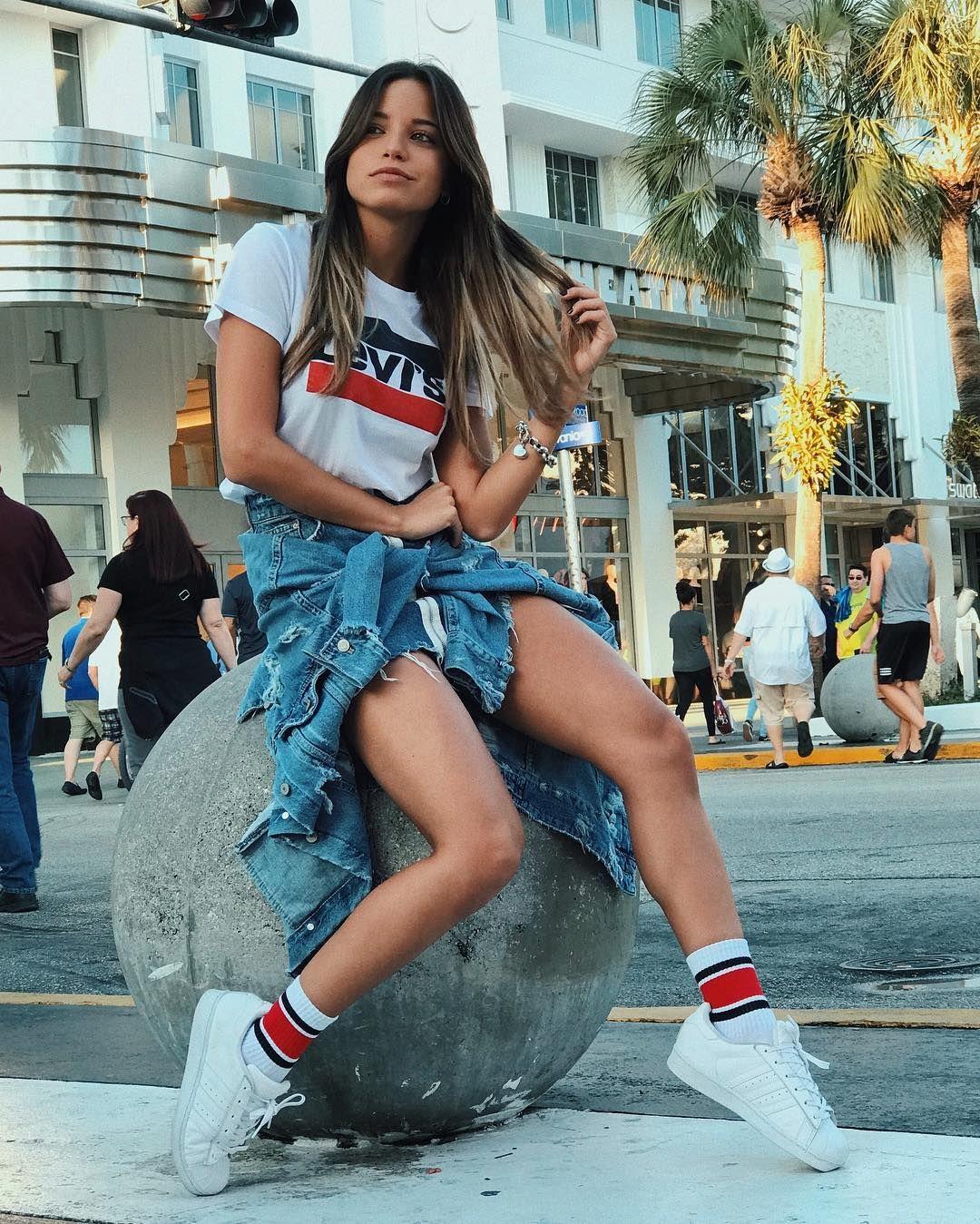 85 3 Mil Me Gusta 361 Comentarios Emilia Mernes Emimernes En Instagram Coɴ La Meɴte Eɴ El Jyeɢo Female Models Outfits Fashion