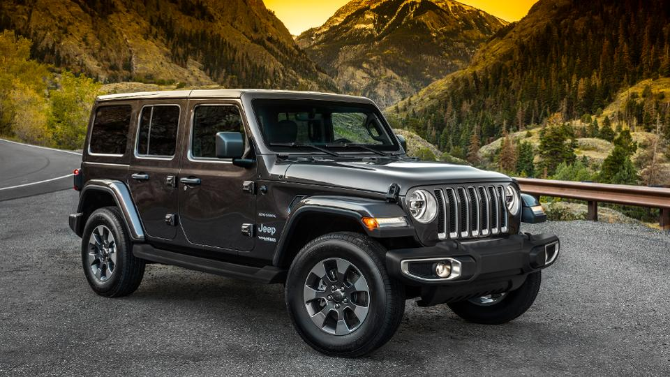 These Are The Best Cars And Crossovers For Dog Owners Jeep Wrangler Sahara Jeep Wrangler Truck Jeep Wrangler Unlimited