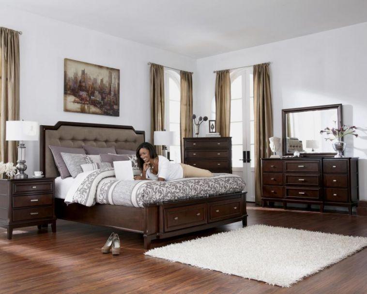 Master Bedroom Ideas With Dark Brown Furniture Di 2020 Set Kamar Tidur Kamar Tidur Rumah