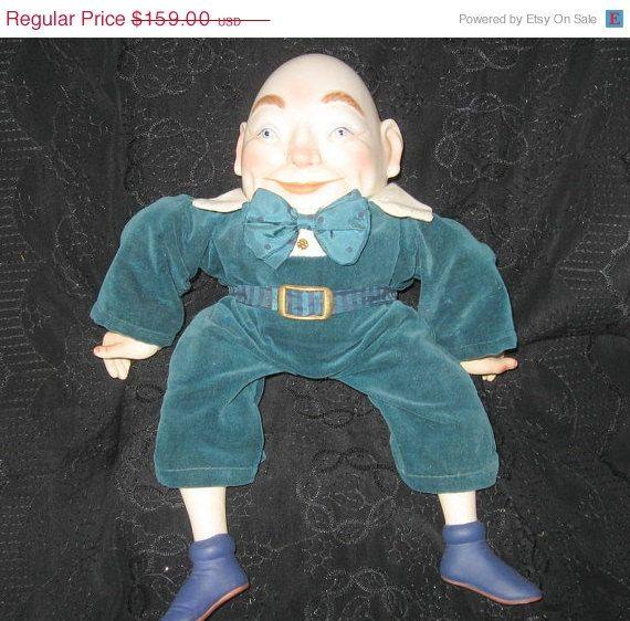 20 OFF cyber monday Enesco Humpty Dumpty Musical by AntiquesduJour, $127.20