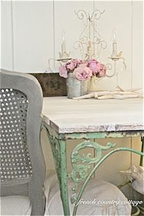 Vintage Table Re-do...table legs