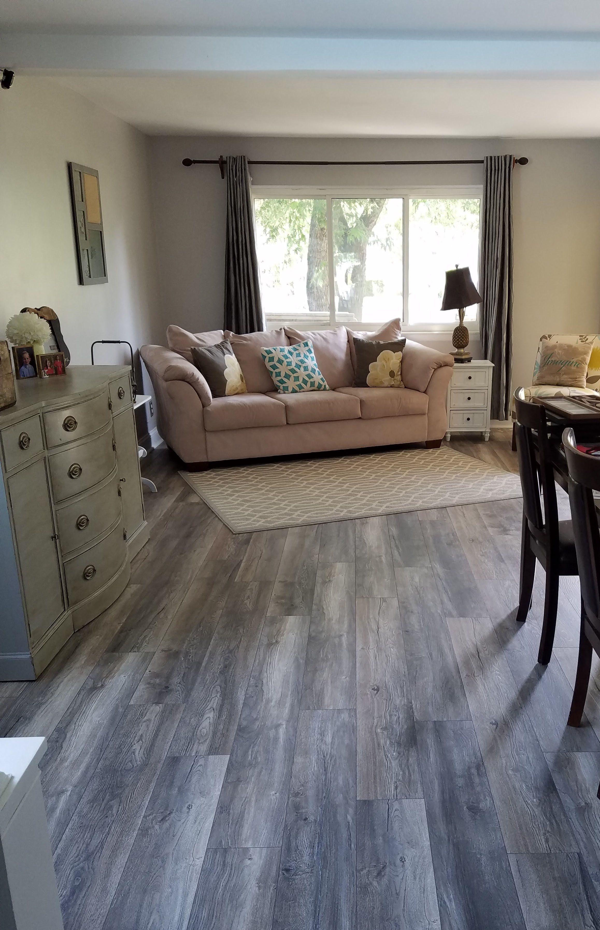 Vintage pewter oak pergo outlast laminate flooring pergo 174 flooring - Order Toklo By Swiss Krono Laminate My Floor Villa 12 Mm Collection Harbour Oak Grey Delivered Right To Your Door
