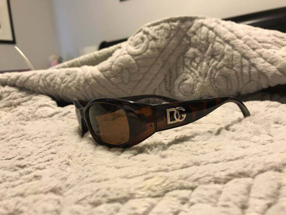 e109290fb89b Vintage Dolce   Gabbana Sunglasses Brown sunglasses with beautiful pattern   fashion  clothing  shoes  accessories  womensaccessories ...