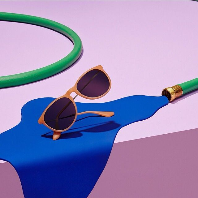 2af61bf03 Art Direction : still life styling The original Ray Ban aviator in Black