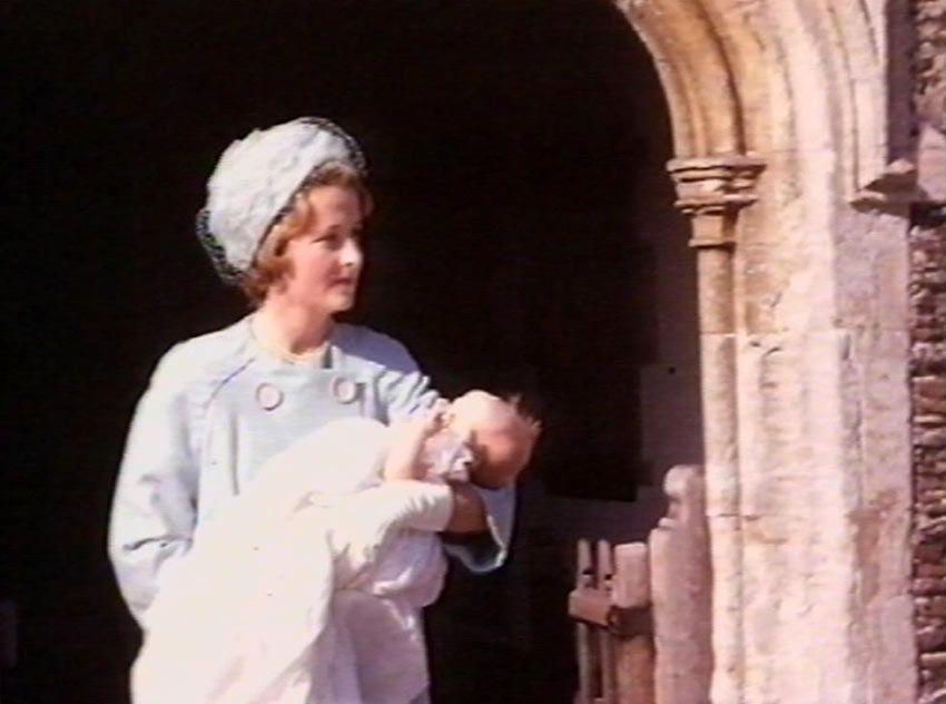 St. Mary Magdalene, la iglesia en la que será bautizada la princesa Charlotte como años atrás también lo fue la princesa Diana - Foto 3