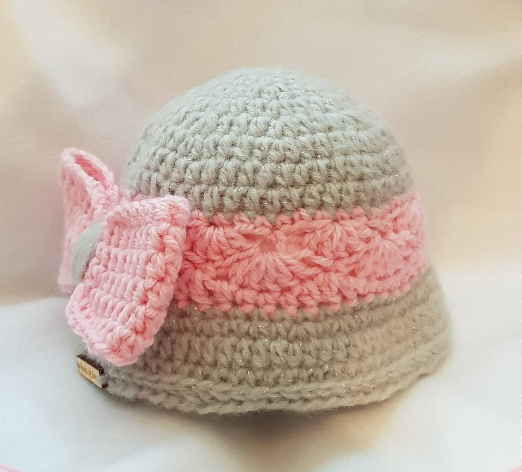 78038ceac4d Baby Girls Winter Cloche style hat - Baby girl gift - Baby Girl hat -  Newborn
