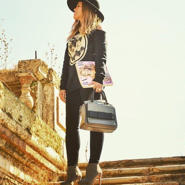 @bazaaruk love #ootd #fashionista #fashionblogger @topshop #heels #hat
