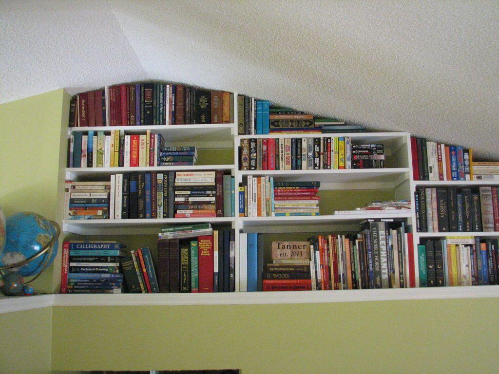 Built In Bookshelves Vaulted Ceiling Bedroom High Ceiling Living Room Ledge Decor Living room vaulted ceiling ledge