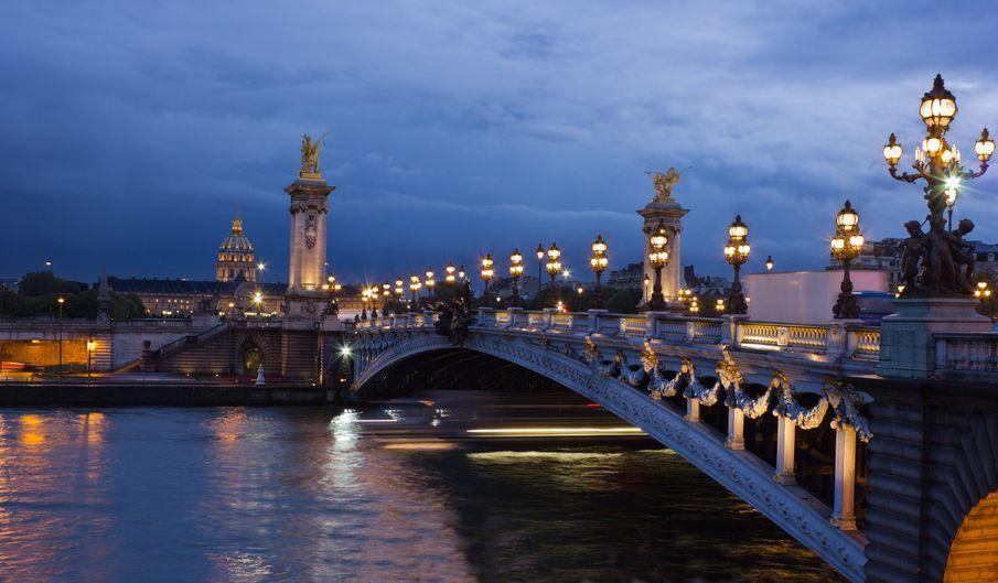 109-seine-river-illuminations-cruise.jpg (905×529)