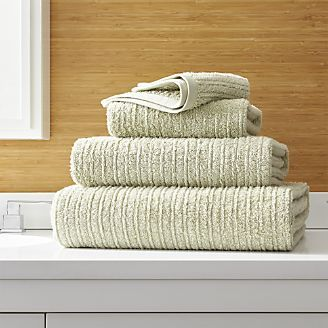 Ribbed Sage Green Bath Towels With Images Green Bath Towels Crate And Barrel Bath Towels