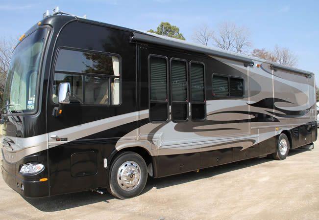 40ft Of Luxury In This Diesel Pusher Rv Rental In Dallas Fort