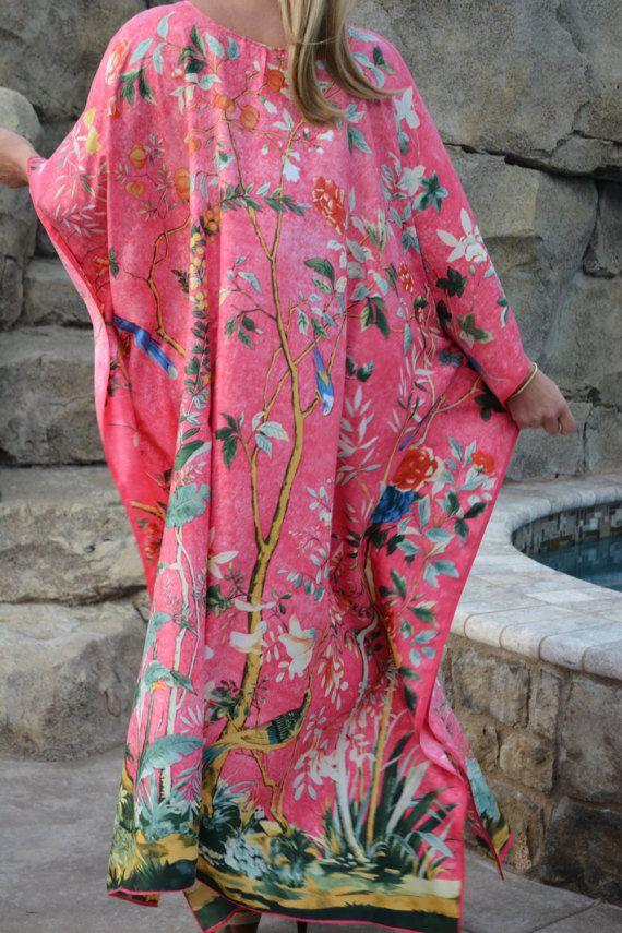 70/'s Vintage Pink Printed Kaftan  Swim Cover Up   Beach Cover Up  Pink Dress  Vacation Wear  70/'s Vintage Dress  70/'s Kaftan