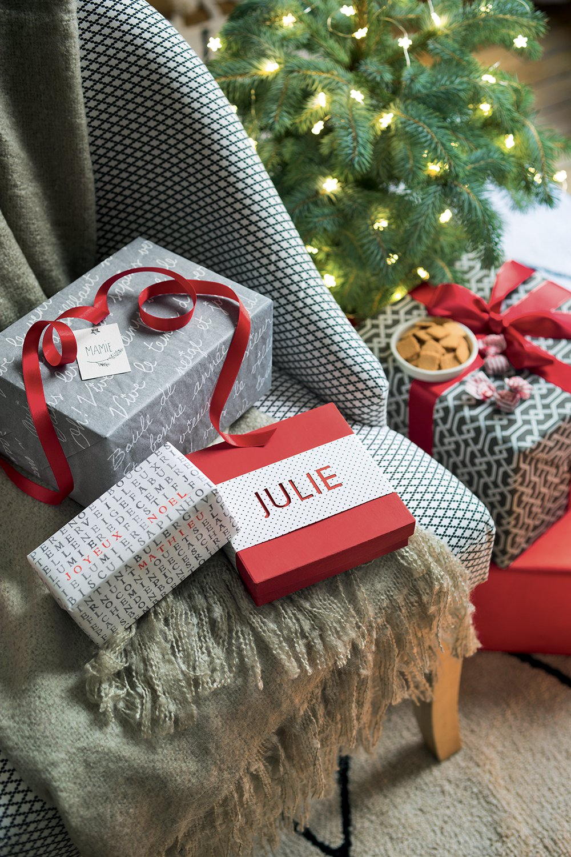 Decoration De Paquets Cadeaux des paquets cadeaux bien emballés pour noël | paquet cadeau