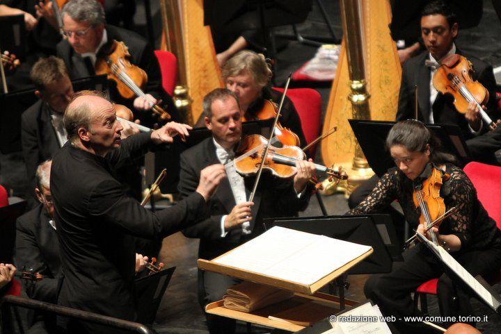 La Prima di MITO SettembreMusica 2016. Si è aperta la decima edizione con concerto della London Symphony Orchestra diretta da Gianandrea Noseda. #MiTo16