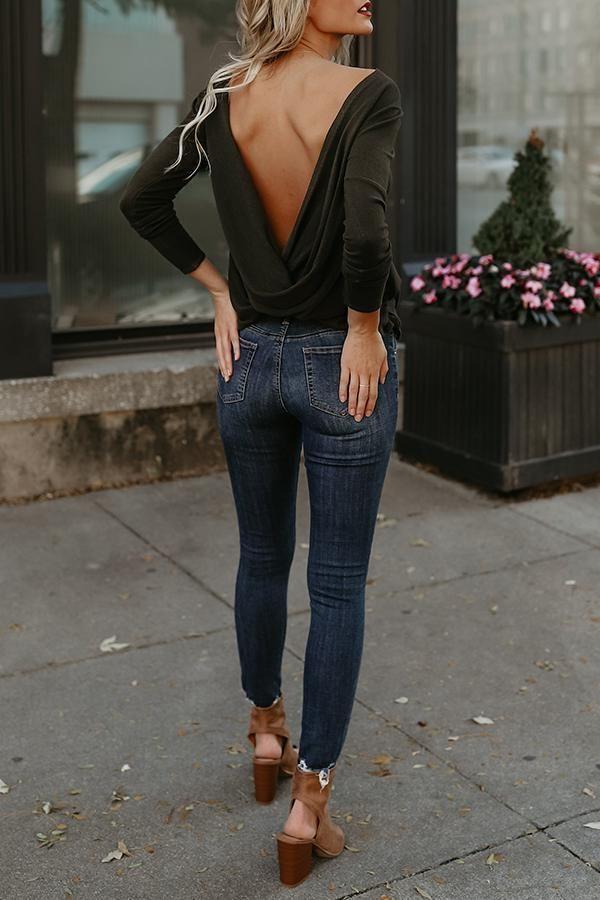 Sexy Round Neck Asymmetric Hem Backless Plain T-Shirts #datenightoutfit