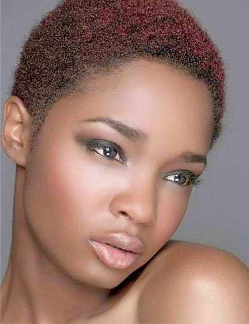 30Short-Natural-Hairstyle-for-Black-Women Pelo largo, De peinados