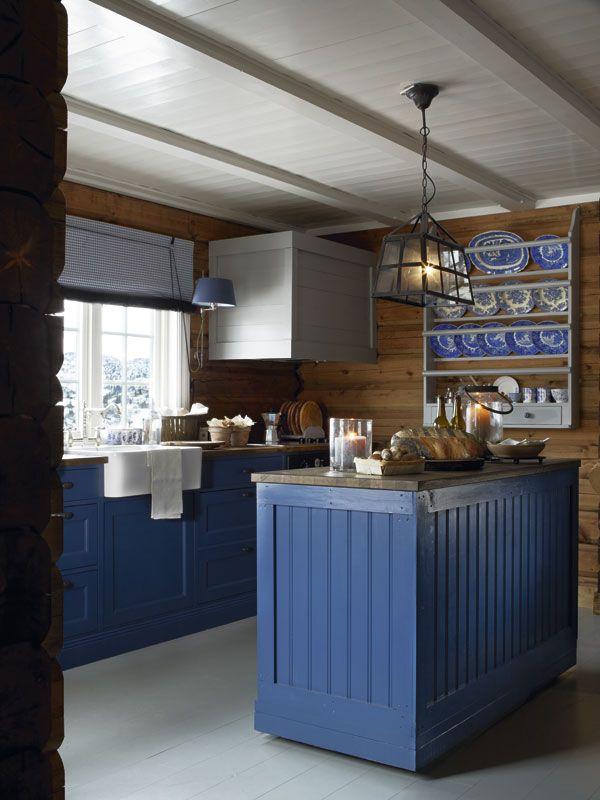 Väriä ja puuta Kolme kaunista ja tunnelmallista kotia Norjasta. Three beautiful and cozy homes from Norway. Koti 1 / Home1 ...