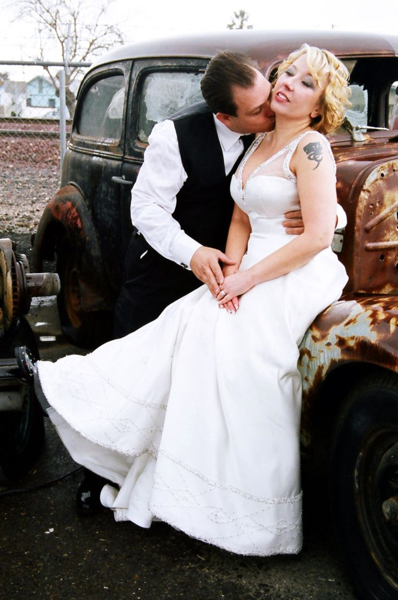 Junkyard Princess Trash the Dress #TrashTheDress #wedding ...