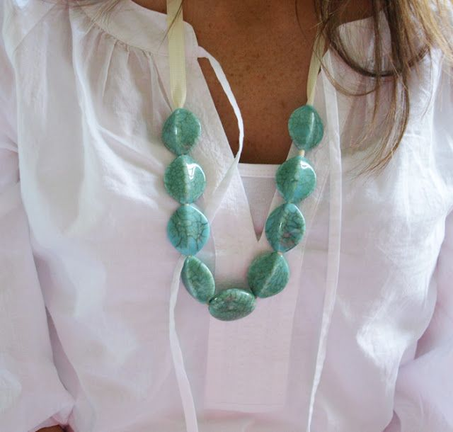 Less-Than-Perfect Life of Bliss: Beaded Ribbon Necklace Techniques