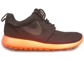 Nike introduce the Roshe Run a brand new silhouette for Spring / Summer 2012.