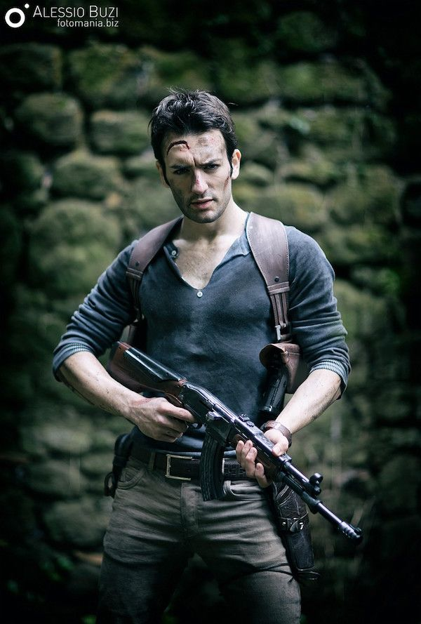 this �uncharted� nathan drake cosplay left me breathless