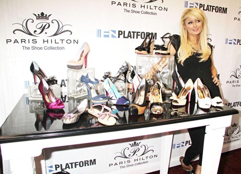 http://www.perfectlady.ro/stiri-mondene/paris-hilton-are-1000-de-perechi-de-pantofi.html