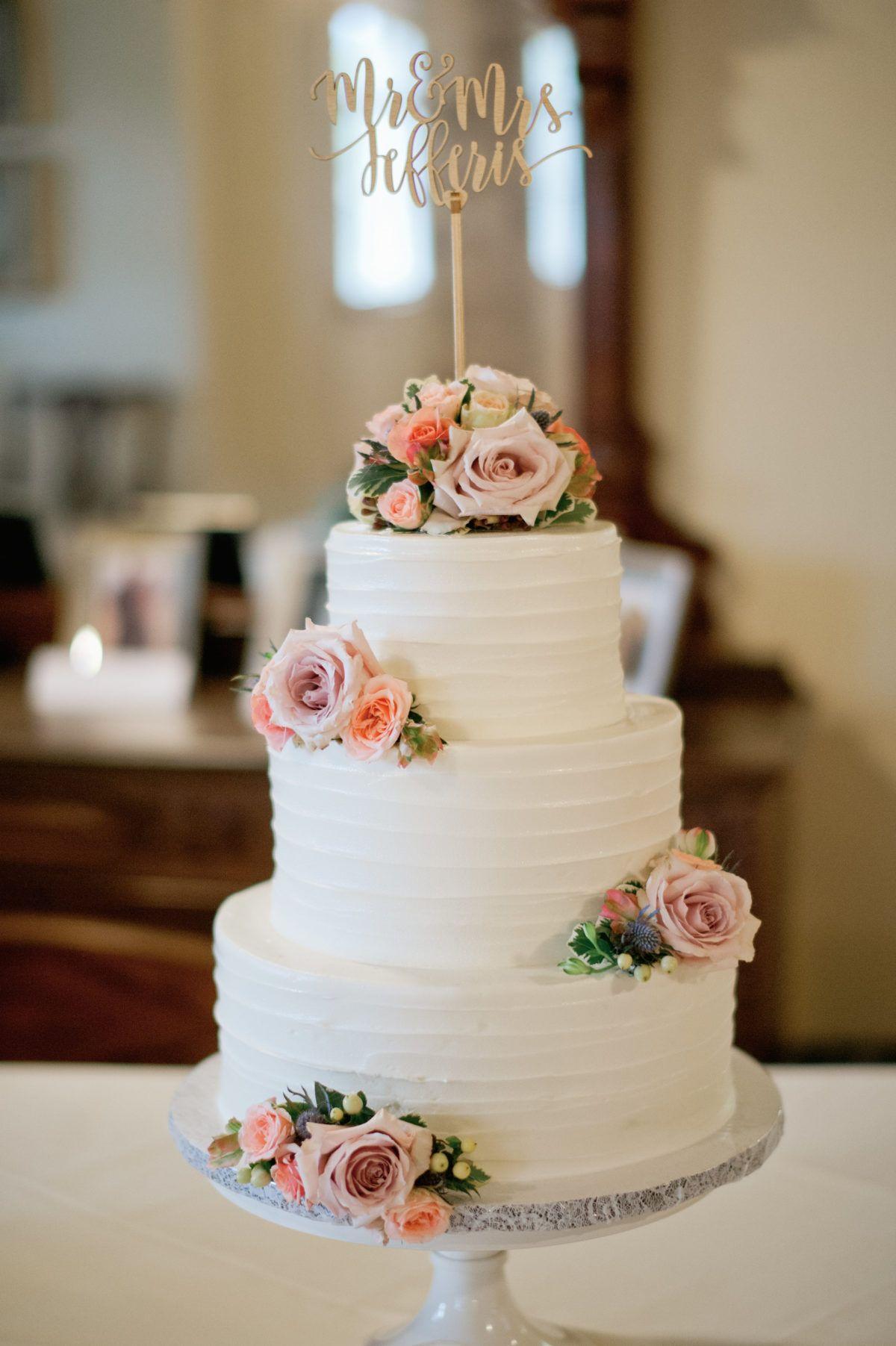 Austin wedding cakes the cake plate custom wedding