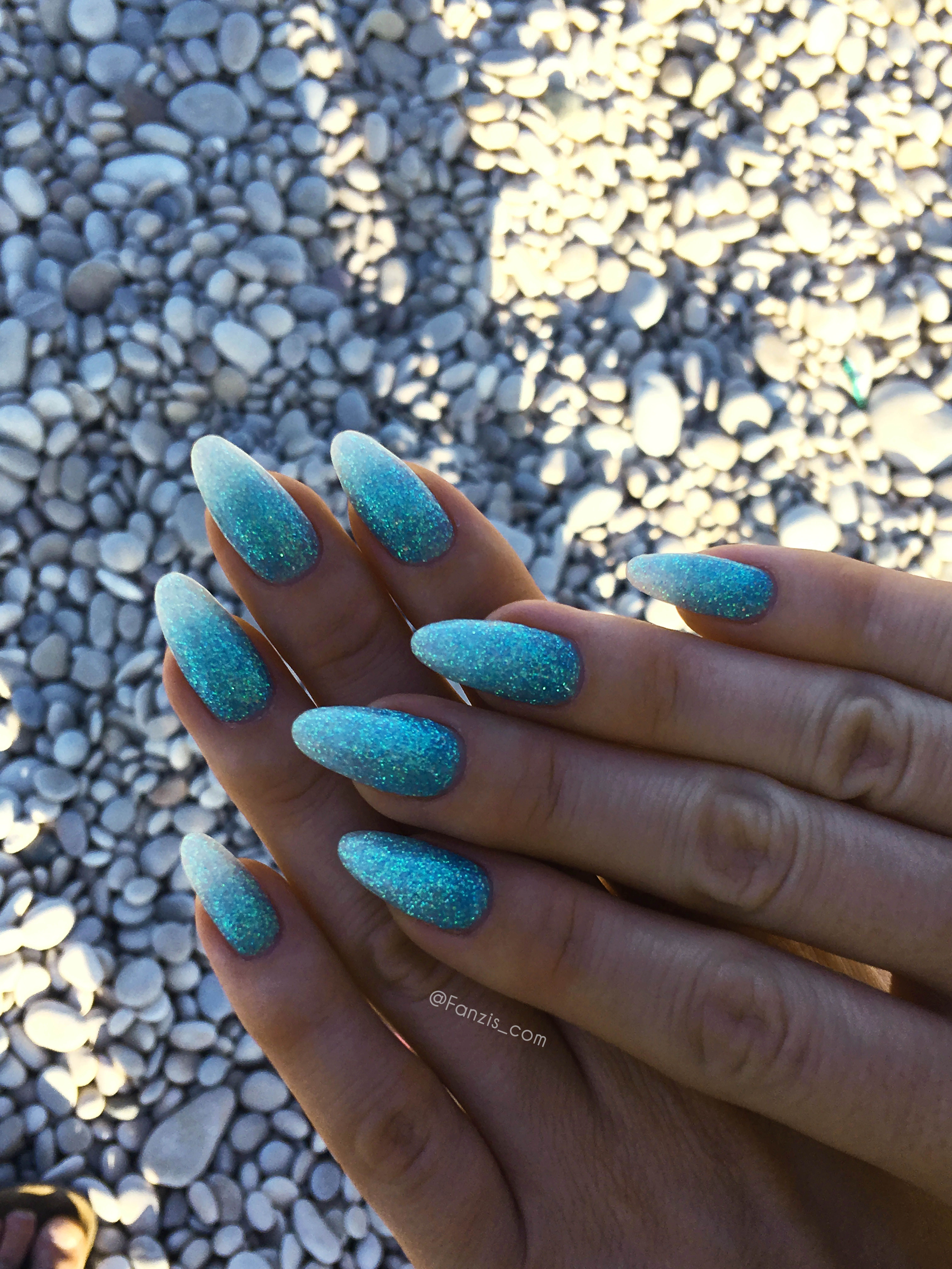 Turquoise Blue Ocean Water Beach Summer Vacation Glitter Nails