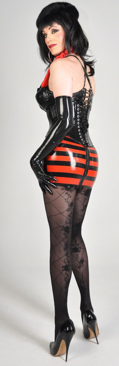 latex pics in Transvestite