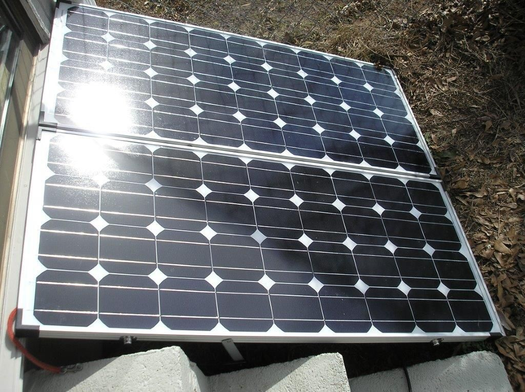 Sunshine Simple Solar Generator With A Folding 200 Watt Panel Solar Panels Solar Solar Panel Installation