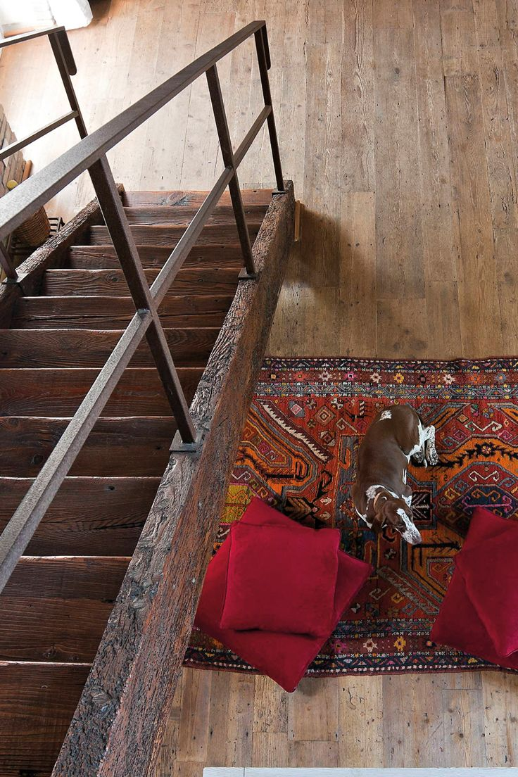 Scale in legno antico di recupero Reclaimed old wood stairs