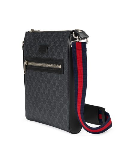 4a4b4786f0b3 N4VE7 Gucci GG Supreme Messenger Bag   Accessories  Bags in 2019 ...