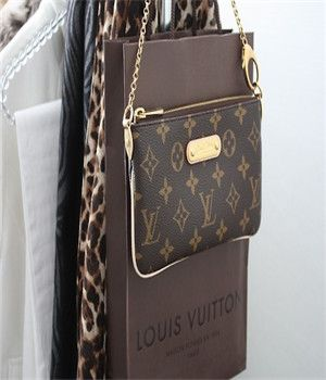 8b1c7d09c37f Cheap Louis Vuitton HandBags Outlet wholesale . Free Shipping and credit  cards accepted