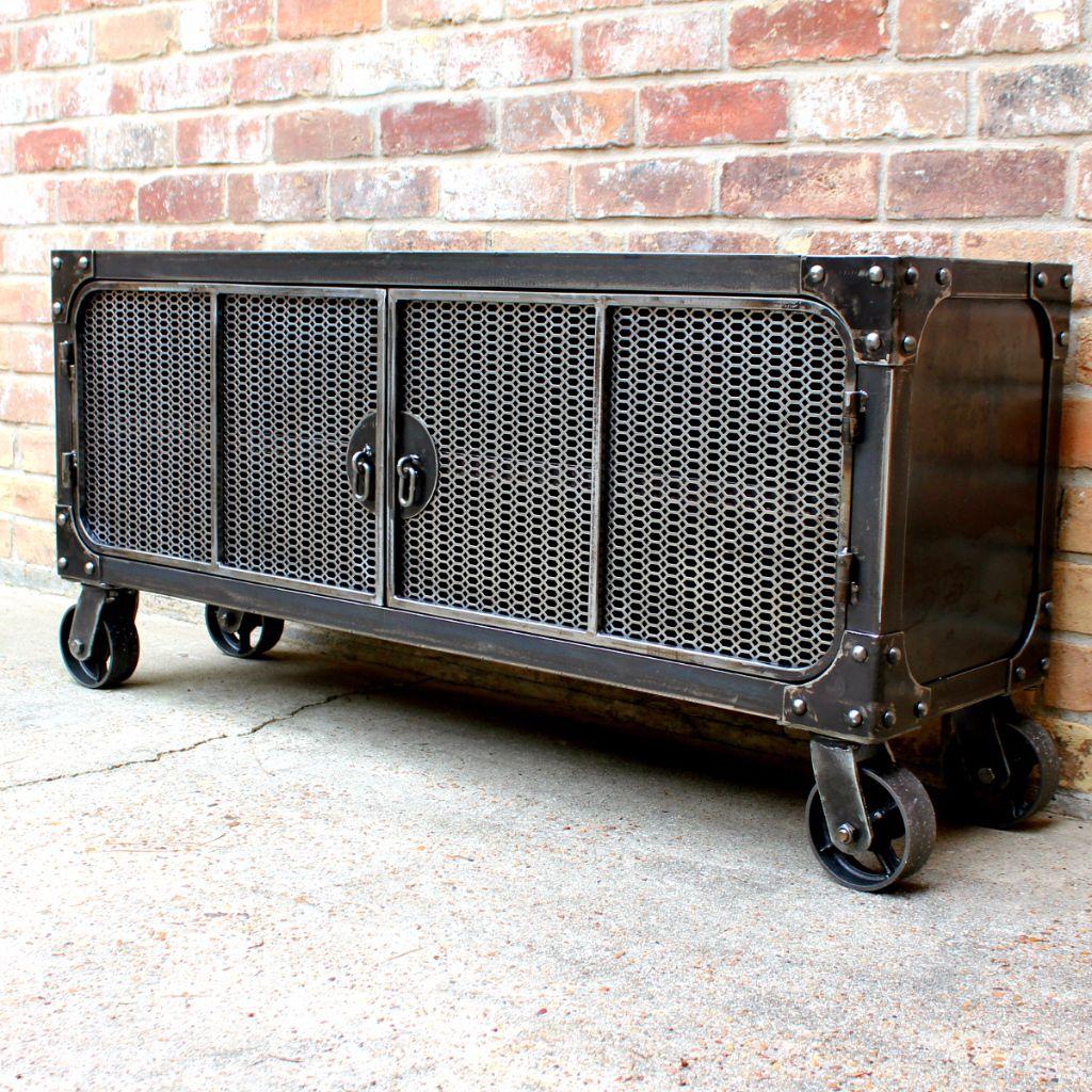 Steel mesh doors mobiler pinterest muebles muebles for Muebles industriales metal baratos