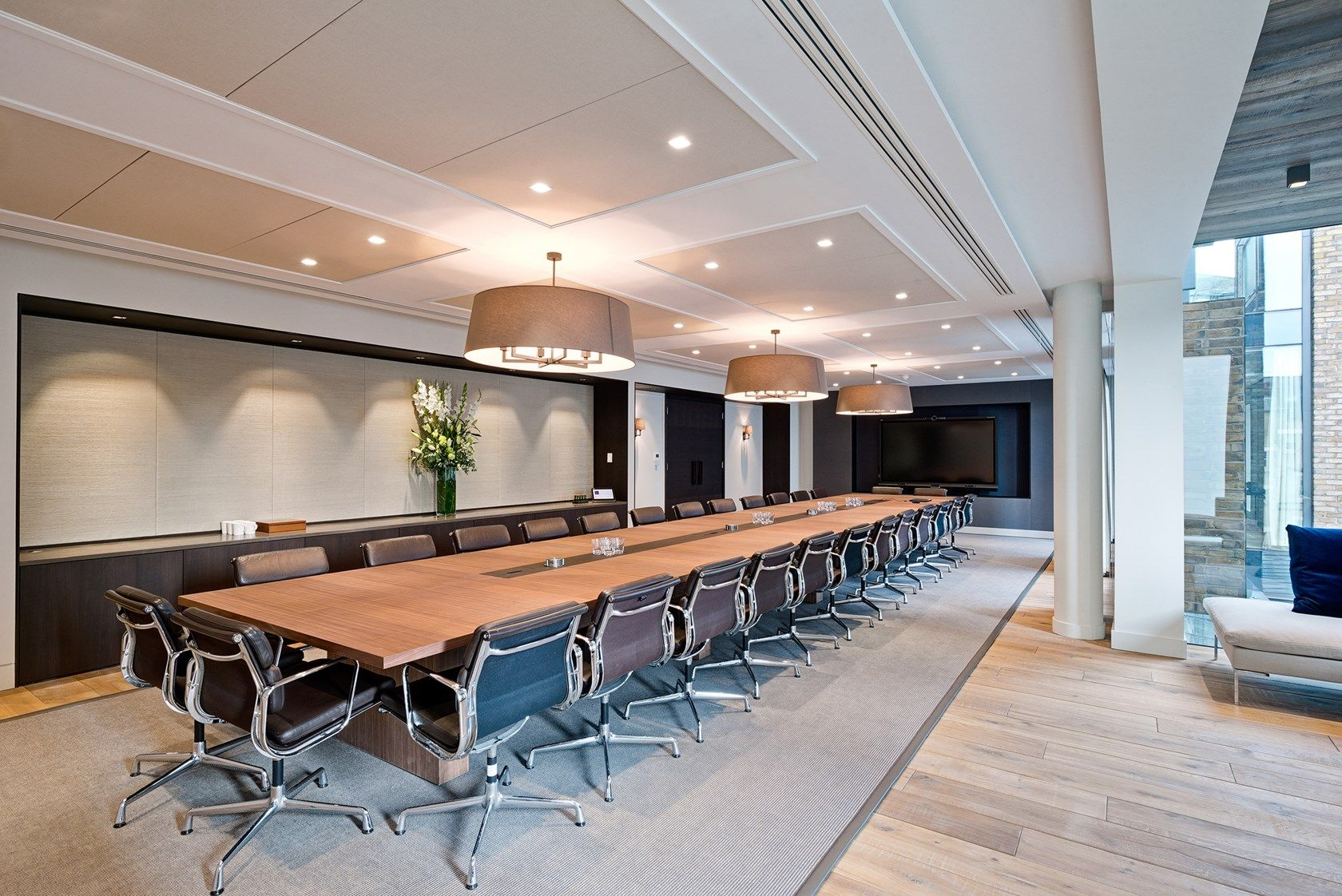 Modus We create exceptional working environments Interiors
