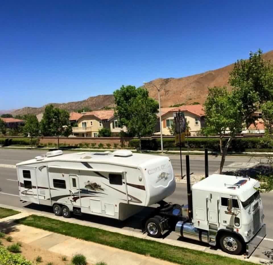 Truck Campers: Custom Freightliner COE Fifth Wheel Toter