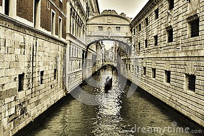 b8bedd2dc Puente De Suspiros En Venecia