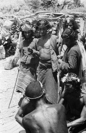 صور نادره من الجنوب مابين العامين 1945ـ 1947 م هوامير البورصة السعودية Arabian Beauty Rare Pictures Historical