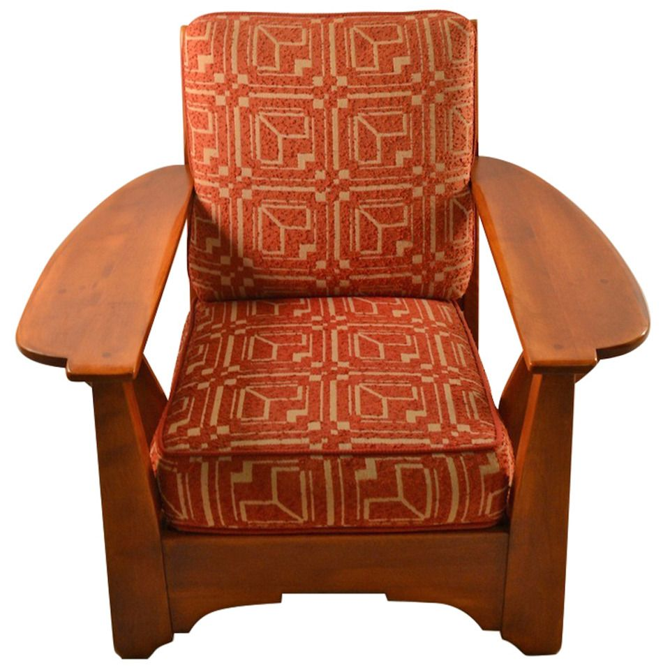 Perfect Cushman Maple Paddle Arm Lounge Chair