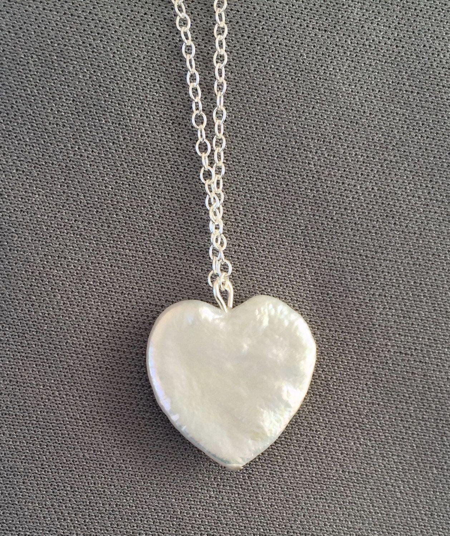 Pearl Love Bird Heart Pendant Romantic Feminine Valentine/'s Day Jewelry Fashion Accessories Nature Lover