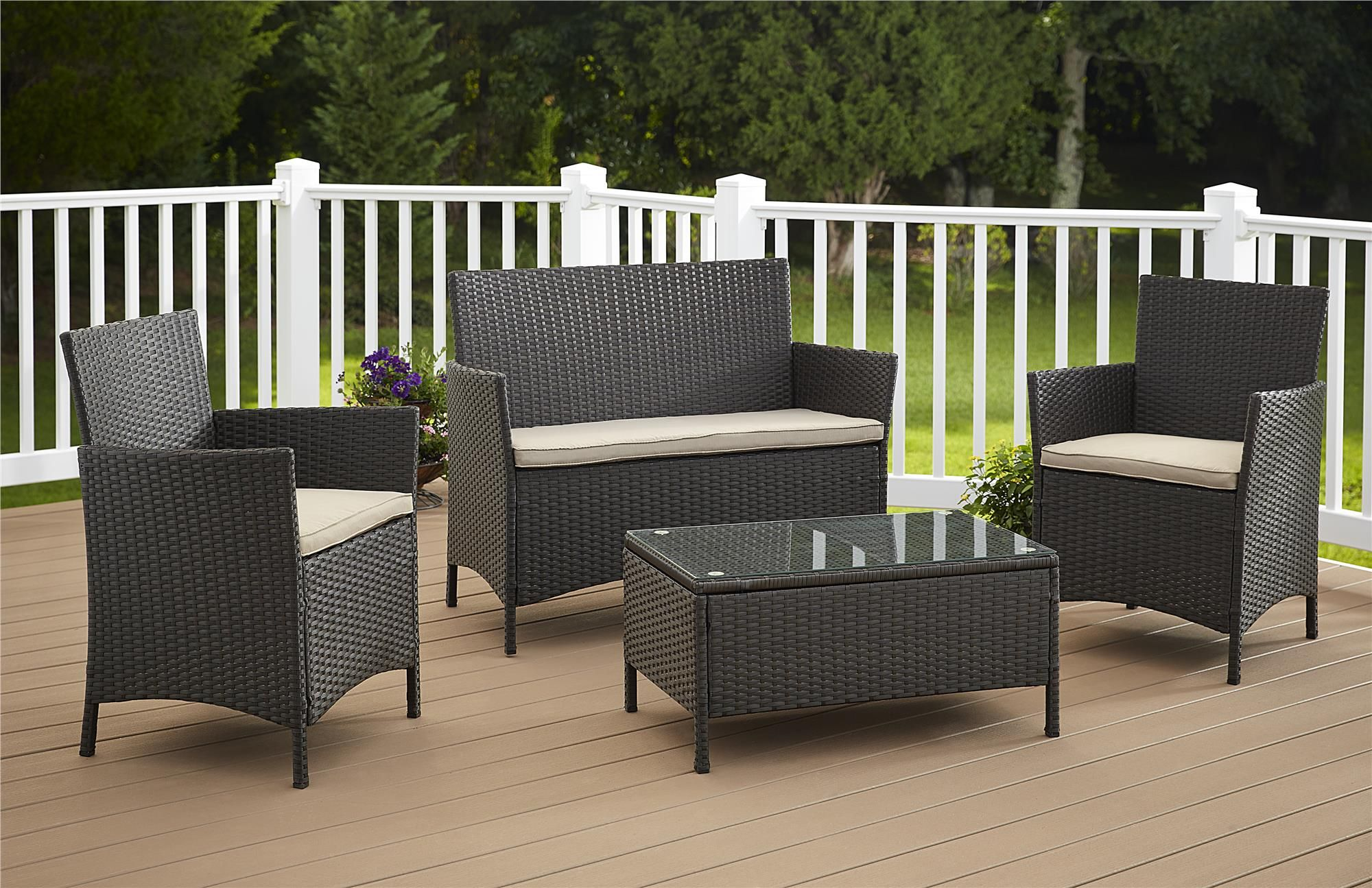 Turn your outdoor space into a comfortable seating and lounge area with this all weather jamaica 4 piece resin wicker set the chairs and bench both feature